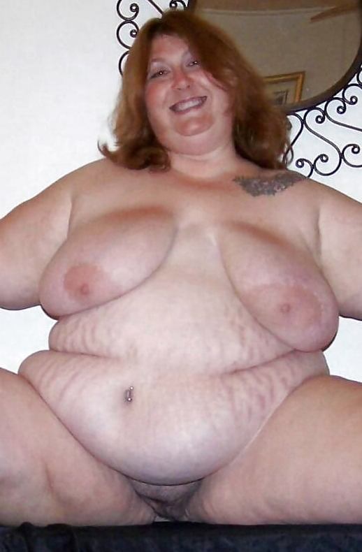 Fat naked chick